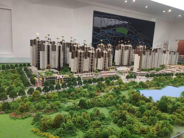 出售九洲河畔世家3室2厅2卫125平米100万住宅