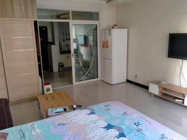 出租力盟10大厦1室1厅1卫50平米1700元/月住宅